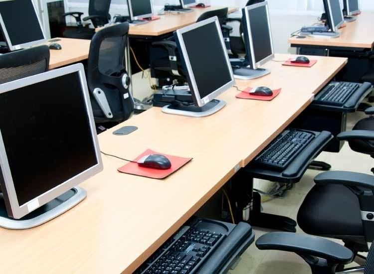 Computer Courses Online: Acquiring Computer and It in Effective Way